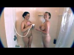 2 teens shower their big tits and butts