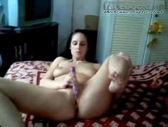Black haired spreading on webcam chat