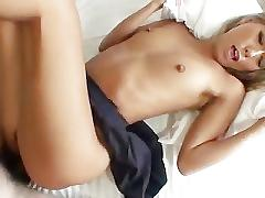 Cute high school girl hard fucked creampie