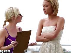 Webyoung teen lesbian dakota skye tries pussy