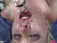 Sophie dee, angel vain fucking their own throats