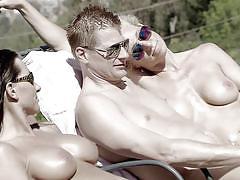 Couples having fun under the sun@ swing season 3, ep. 4