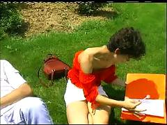 Milf threesome in russian park - jp spl