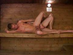 Bareback twinks anal satisfaction in bath house