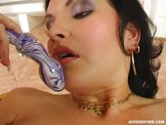 Give me pink loria pleases pussy and uses speculum to squirt milk