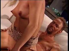 Lexxi blank anal gefickt
