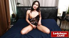 Real ladyboy wanks while showing off her ass