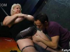 Huge titted blonde bbw strips and gets fucked