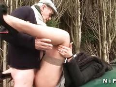 Chubby french slut sodomized in threesome with papy voyeur