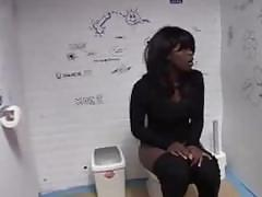 Black girl have surprise gloryhole