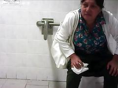 Toilet pissing - amateur voyeur