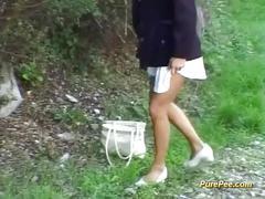 Wild peeing girls