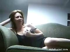 Amateur couple sex on the couch