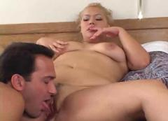 Big butt milf has sex
