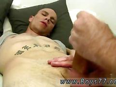 Jerking that fat dick and the session is so raw
