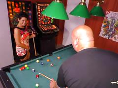 Hausfrau ficken - mature pool table fuck with german amateur
