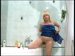 Blonde mature in shower teen boy spying