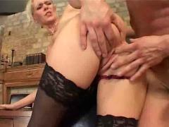 Blonde rich slut get anal fucked