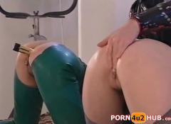 Ffm latex anal and dildo