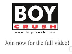 Hung aaron beats his big meat – boycrush