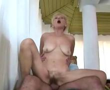 Mature swinger party part 2