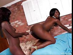 Black bitches bang with double dildo