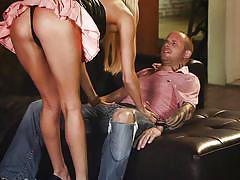 Slutty skirt blonde gives hot head