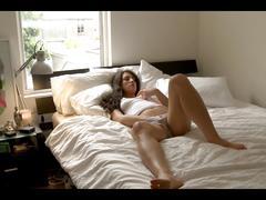 Girl masturbating -alexa b.-