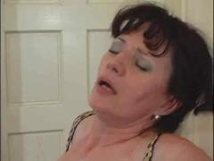 matures, old + young, squirting