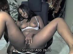 Sunshine69 hot chocolate black pussy rubbin