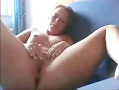 Amateur girl masturbates with her thong inside her