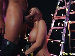 Curvy beauty gets fucked and sucks hard cock