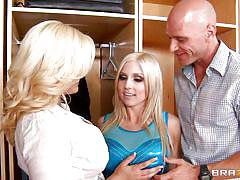 Johnny gets threesome with two hottie blondes