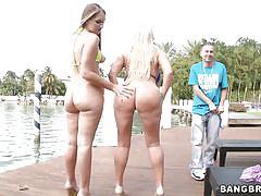 Slutty blondes know how to handle men