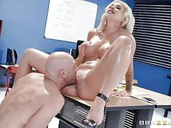 Hot sex session with the horny boss