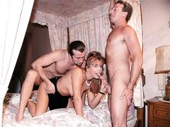 Danielle-la gets fucked by two hung guys