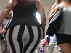 Big ass curvy milf gluteus divinus