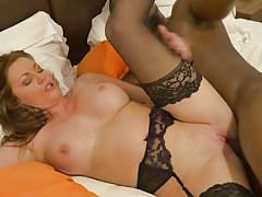Interracial sex with a black dude and white milf