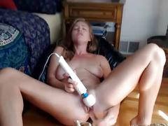 Webcam model busty ir housewife 3