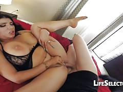 Romi rain – the goddess of fucks and facials