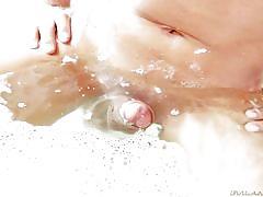 Bathtime with sammy
