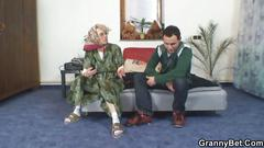 Granny pleases a young stranger and gets fucked