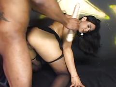 Amateur sex movie with looking nice brunette babe
