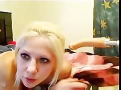 Teen cheerleader deepthroating ang gagging on a dildo #2