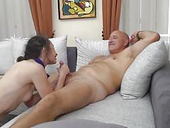 Granny gets pounded upside down by huge dick