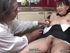 Chubby milf sakura loves toying her hairy cunt