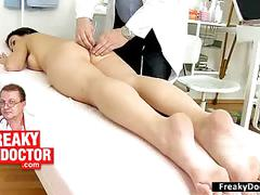 Old gynecologist treats chubby blondie lilith lee