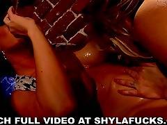 Shyla and jayden lesbian fun