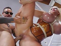 Rough gangbang ended with nice cum facial