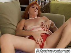 Sexy mature red head loves to fuck